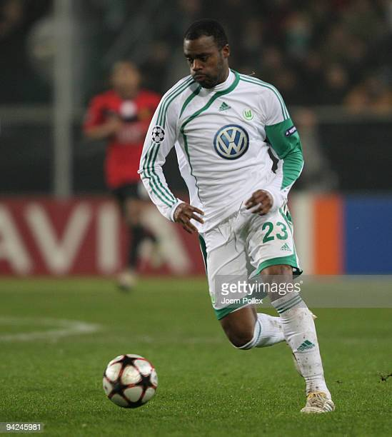 Grafite of Wolfsburg plays the ball during the UEFA Champions League Group B match between VfL Wolfsburg and Manchester United at Volkswagen Arena on...