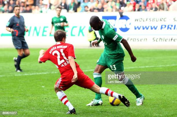 Grafite of Wolfsburg scores his team's fifth goal during the Bundesliga match between VfL Wolfsburg and FC Bayern Muenchen at the Volkswagen Arena on...