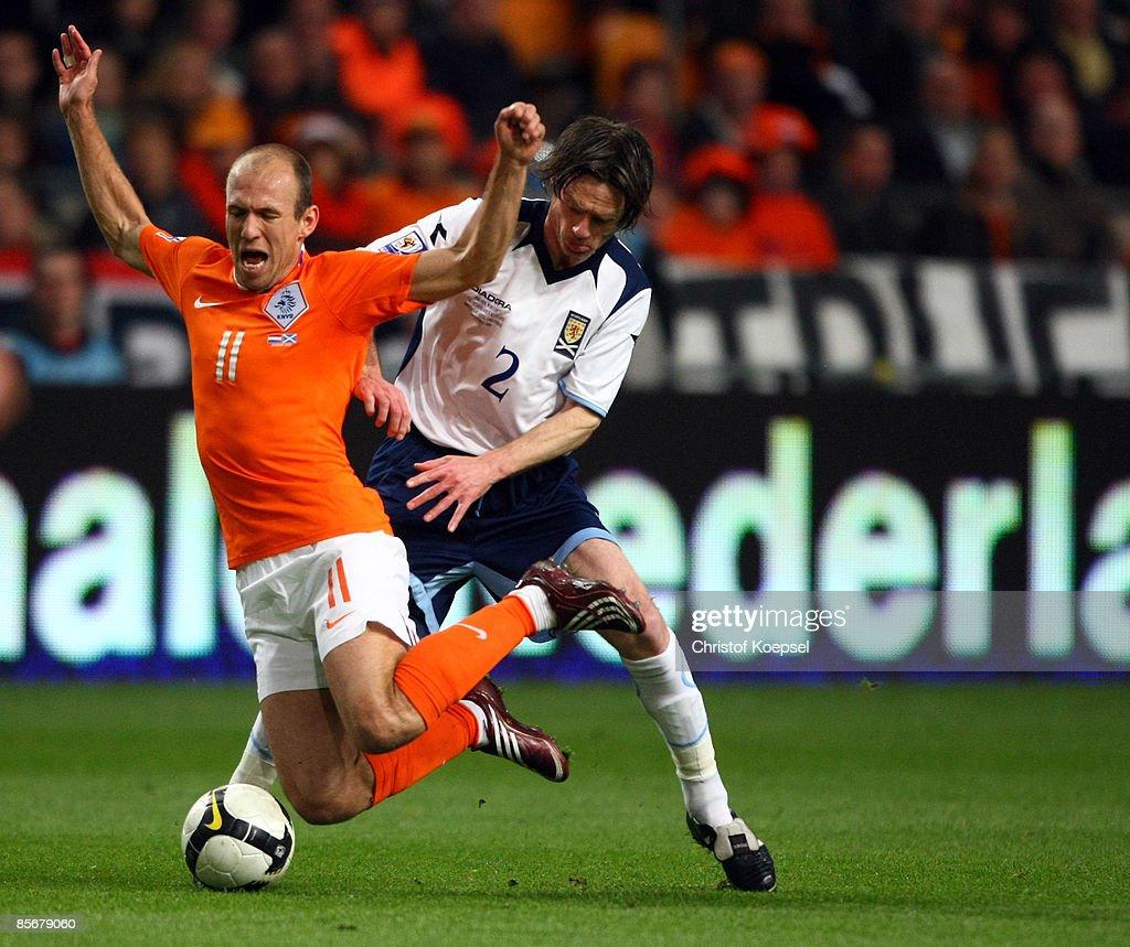 Netherlands v Scotland - FIFA2010 World Cup Qualifier : Foto di attualità