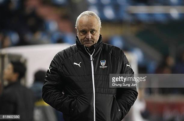 Graham Arnold head coach of the Sydney FC during the AFC Champions League Group H match between the Pohang Steelers and Sydney FC at on March 16 2016...
