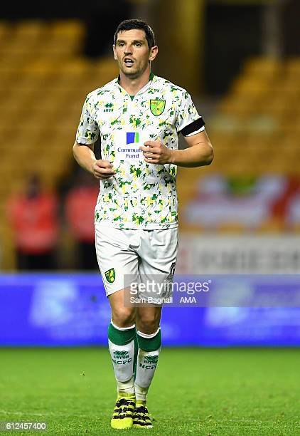 Graham Dorrans of Norwich City during the Sky Bet Championship match between Wolverhampton Wanderers and Norwich City at Molineux on October 1 2016...