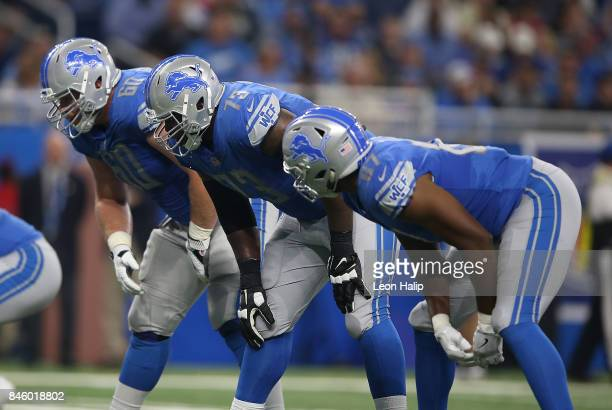 Graham Glasgow Greg Robinson and Darren Fells of the Detroit Lions line up during the third quarter of the game against the Arizona Cardinals at Ford...