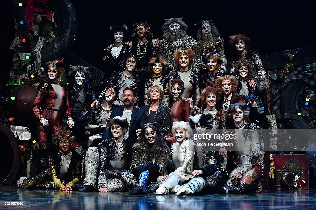 Cats Premiere At Theatre Mogador : News Photo