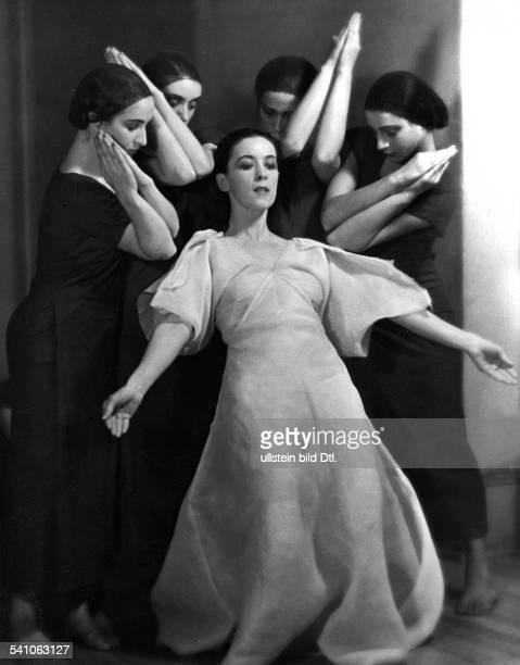Graham Martha *1894Tänzerin Choreographin USAerschienen in DAME 25/1932