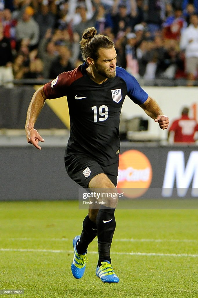Graham Zusi of United States celebrates after scoring the fourth goal of his team during a group A match between United States and Costa Rica at Soldier Field as part of Copa America Centenario US 2016 on June 07, 2016 in Chicago, Illinois, US. The United States won 4-0.