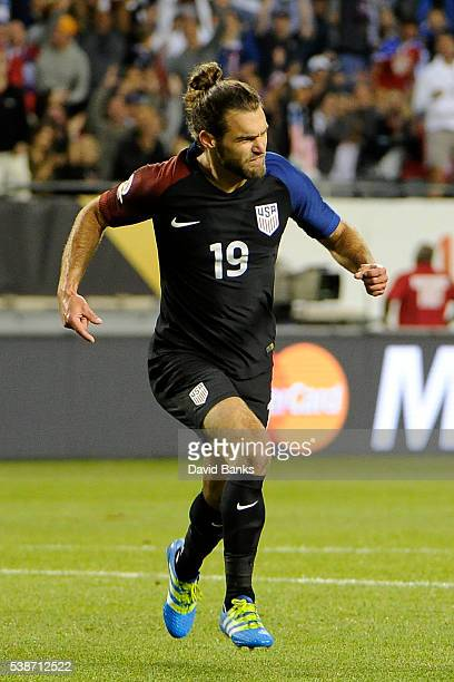 Graham Zusi of United States celebrates after scoring the fourth goal of his team during a group A match between United States and Costa Rica at...