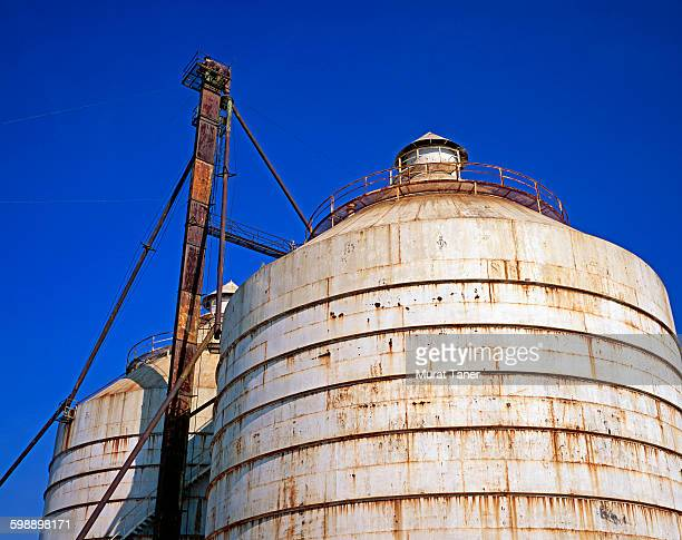 grain silo in waco, tx - waco stock pictures, royalty-free photos & images