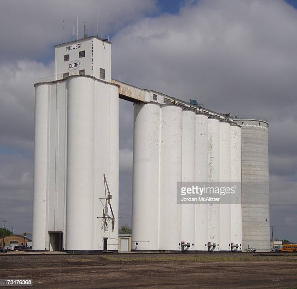 CONTENT] Grainfield is located in central northern Gove County along Interstate 70 between Quinter and Grinnell