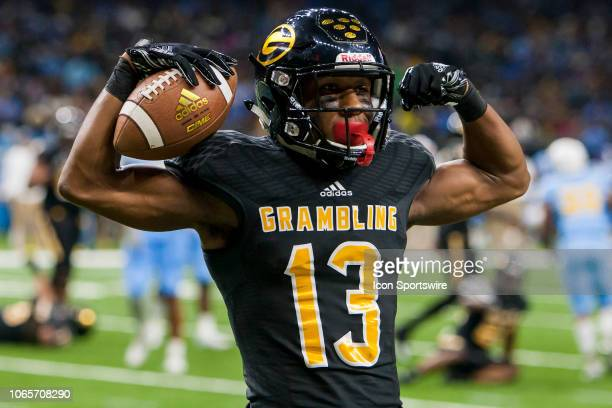 Grambling State Tigers wide receiver Quintin Guice poses after scoring a touchdown during the 45th annual State Farm Bayou Classic game between the...