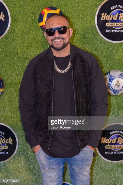 Grammy Awardwinning music artist Sean Paul attends Former FIFA Player of the Year Luis Figo's International Champions Cup Official El Clasico Miami...