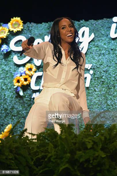 Grammy AwardWinning superstar and allergy sufferer Kelly Rowland performing at NYCarea Boys Girls Club of America BGCA location to kickoff program to...