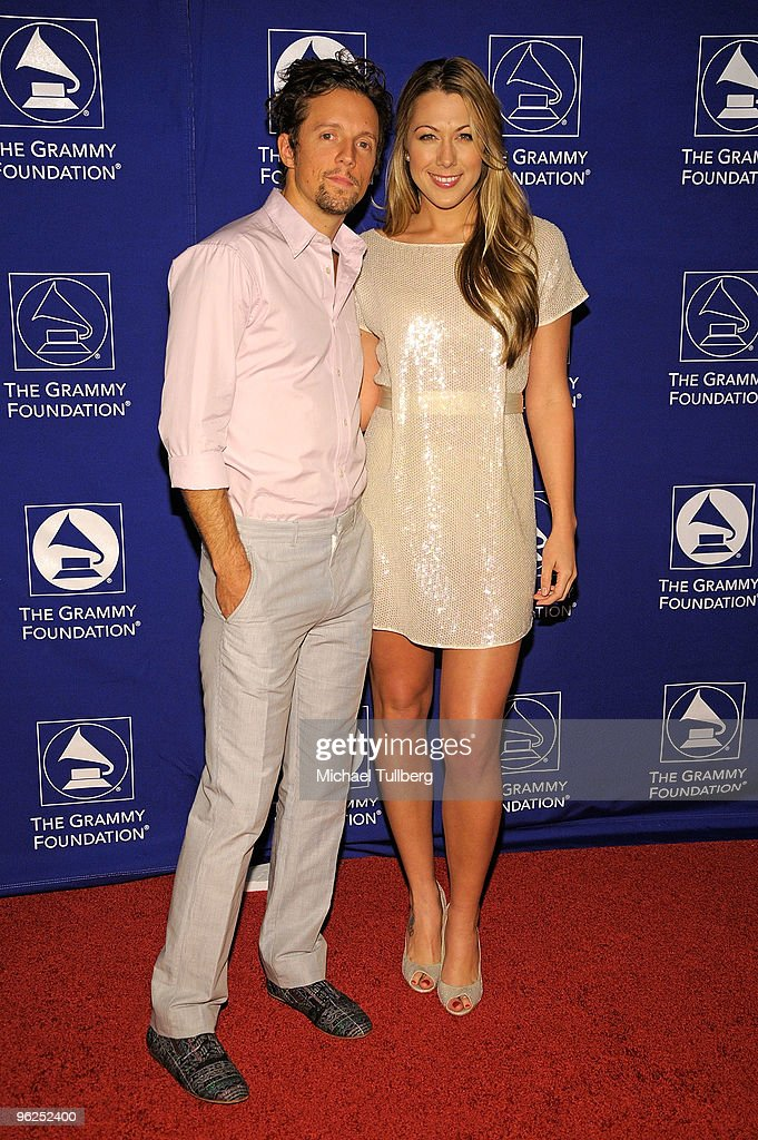 GRAMMY-nominated artists Jason Mraz and Colbie Caillat arrive at the GRAMMY Foundation's 12th Annual Music Preservation Project 'Cue The Music: A Celebration Of Music And Television', held at the Wilshire Ebell Theatre on January 28, 2010 in Los Angeles, California.