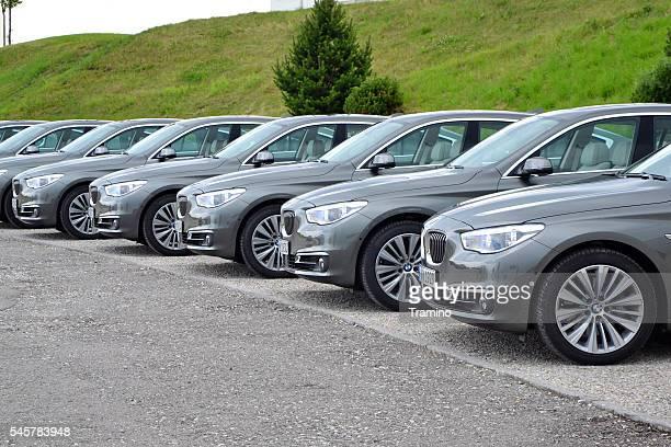 BMW 5 Gran Turismo in einer Reihe