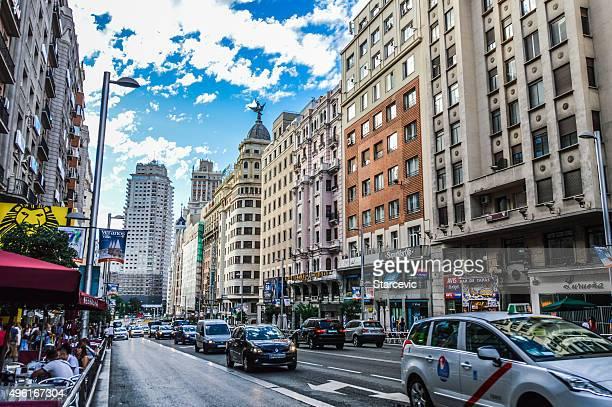 Gran vía street, en Madrid, España
