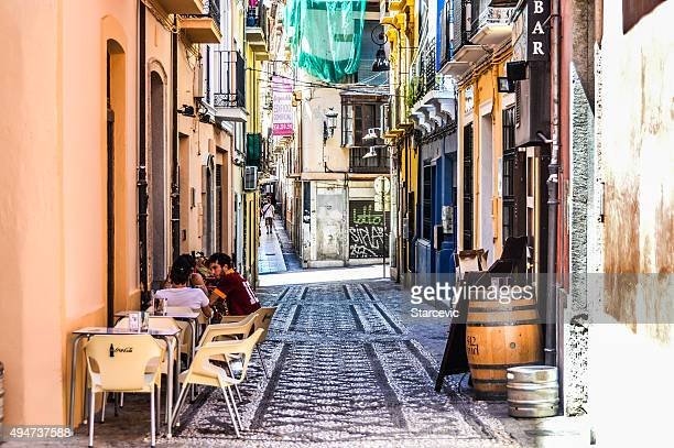granada, spain - medieval street - granada spain stock pictures, royalty-free photos & images