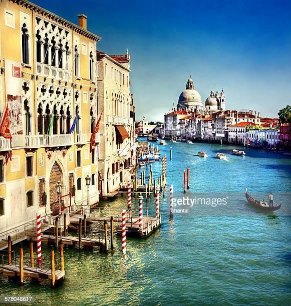 grand canal and basilica santa maria della salute, - gran canal venecia fotografías e imágenes de stock