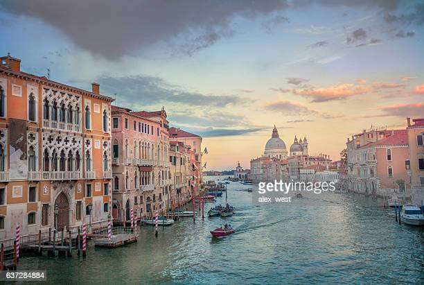grand canal view. - veneto stock pictures, royalty-free photos & images