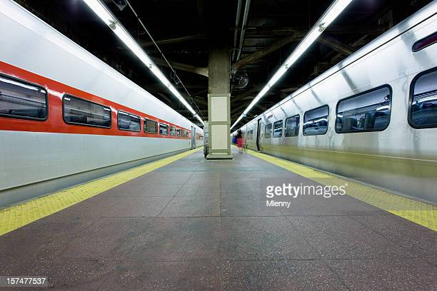 grand central station train platform new york - grand central station stock photos and pictures