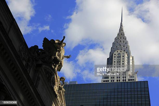grand central terminal and chrysler building - chrysler building stock pictures, royalty-free photos & images