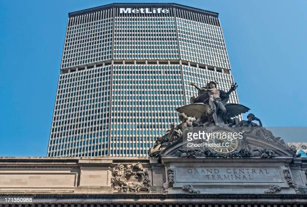 grand central terminal - metlife building stock pictures, royalty-free photos & images