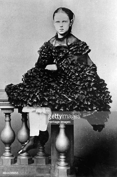Grand Duchess Maria Alexandrovna of Russia c1860c1862 The daughter of Tsar Alexander II of Russia the Grand Duchess Maria Alexandrovna married Prince...