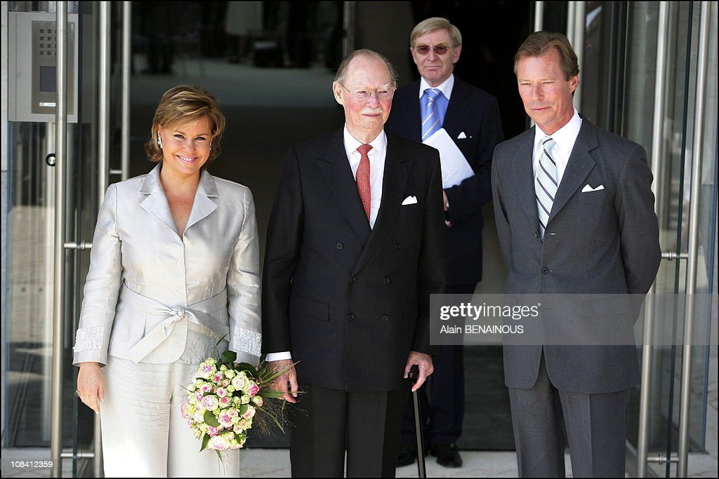 Grand Duke Jean inaugurates the Contemporary Art Museum of Luxembourg in Luxembourg on July 01, 2006. : News Photo