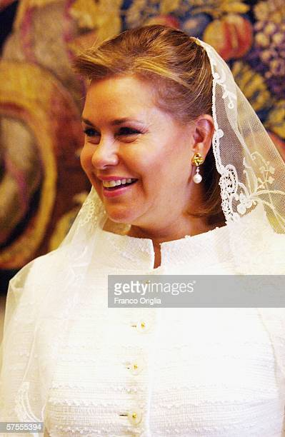 Grand Duchess MariaTeresa of Luxemburg attends a meeting with Pope Benedict XVI May 8 in Vatican City