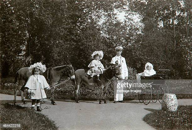 Grand Duchesses Olga Tatiana and Maria of Russia Tsarskoye Selo Russia c1899c1900 The three eldest daughters of Tsar Nicholas II in the Catherine...
