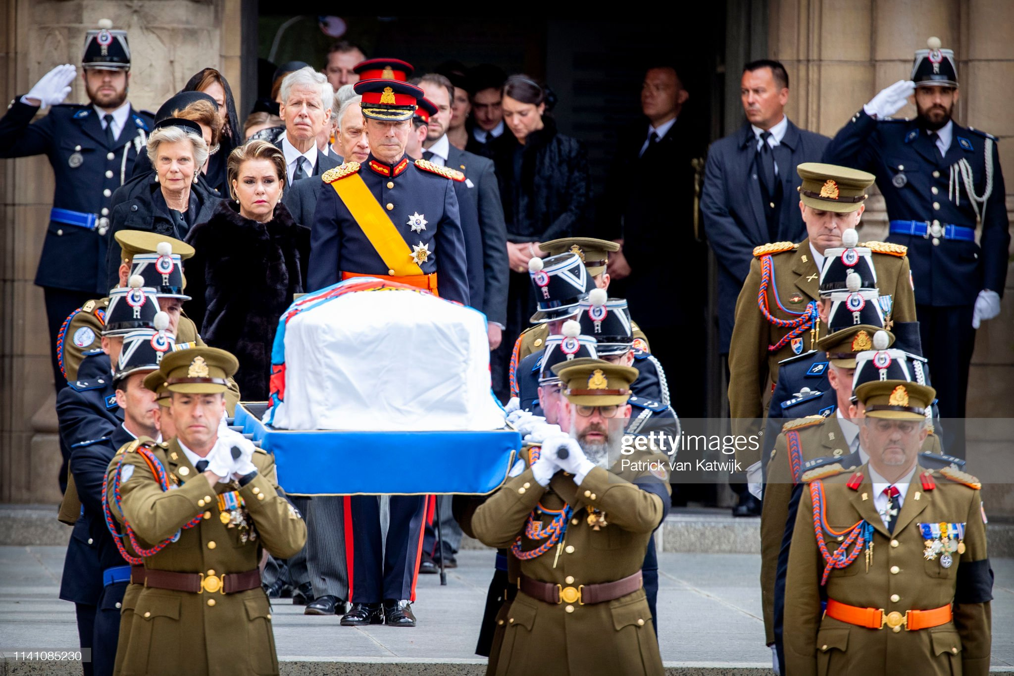 Похороны Великого Герцога Жана https://media.gettyimages.com/photos/grand-duke-henri-of-luxembourg-and-grand-duchess-maria-teresa-of-picture-id1141085230?s=2048x2048