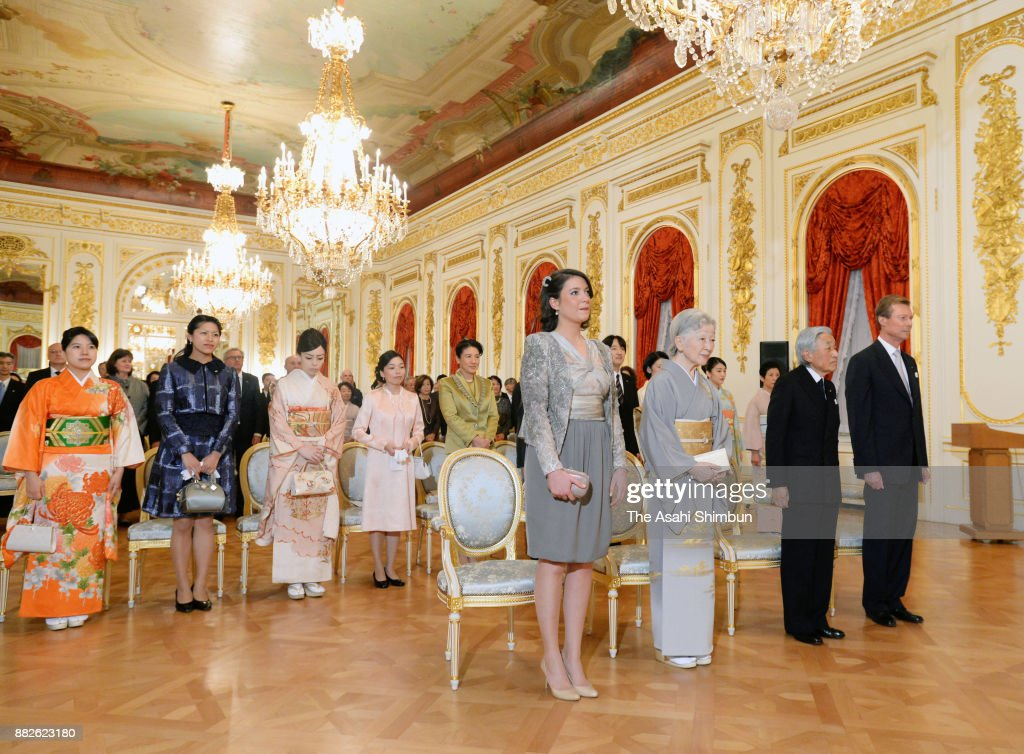 Grand Duke Henri of Luxembourg, his daughter Princess Alexandra of Luxembourg, Emperor Akihito, Empress Michiko and Japanese royal family members attend a concert at the Akasaka State Guest House on November 29, 2017 in Tokyo, Japan.