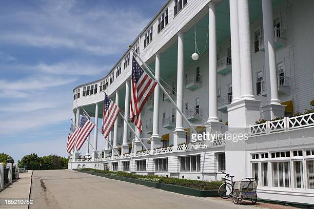 grand hotel, mackinac island, michigan - mackinac island stock pictures, royalty-free photos & images