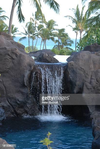 Grand HyattHotel Kauai Hawaiian Island Insel SüdPazifik PoipuBeach Palme Fluss Wasserfall Pool Palmen Wasser Natur Reise TP DIGPNr 1335/2007
