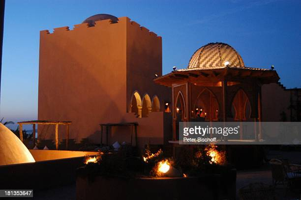 Grand Makadi , Makadi Beach bei Hurghada, Ägypten, Afrika, , Säule, Säulen, Bar, Dämmerung, Nacht, Beleuchtung, orientalisch, Luxus, Luxushotel,...
