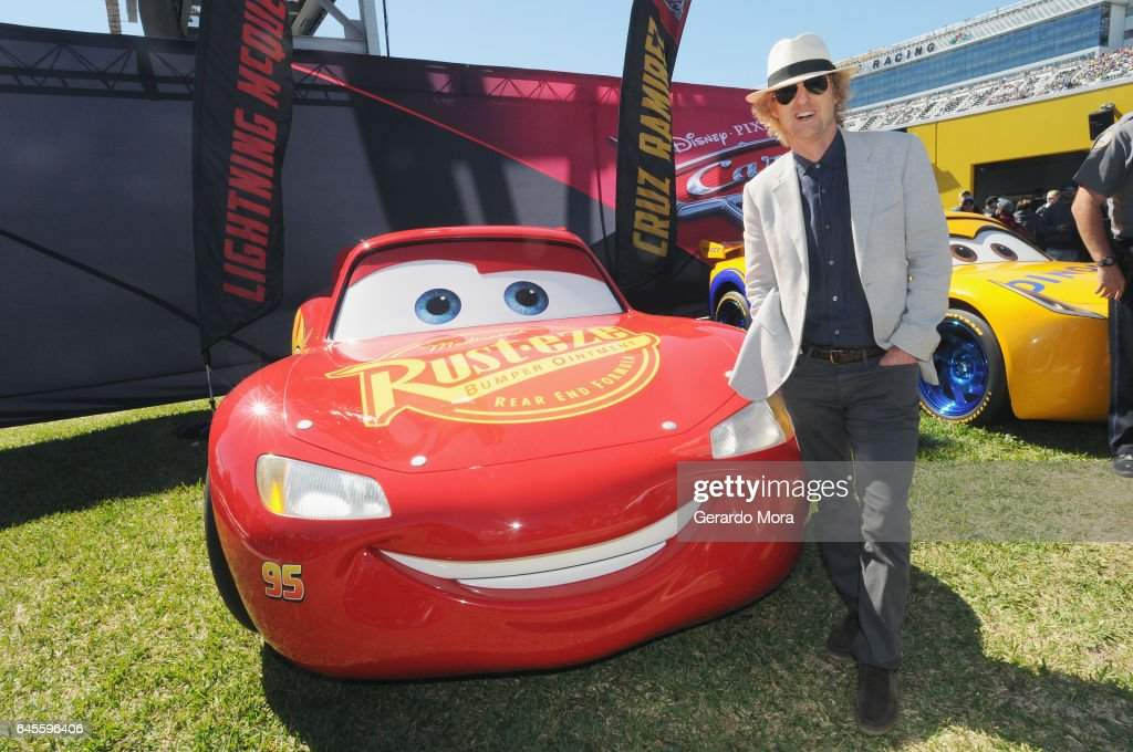 Owen wilson at daytona 500 photos and images getty images grand marshal owen wilson voice of lightning mcqueen in cars 3 poses with sciox Images