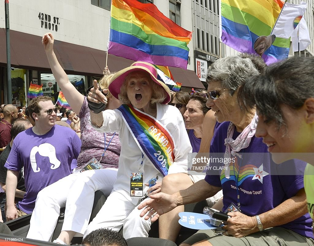 Grand marshall Edie Windsor (C) and marchers prepare to walk down 5th Avenue during the 2013 New York Gay Pride March in New York on June 30, 2013. The 44th annual parade with more than 500,000 people is part of Gay Pride Week.