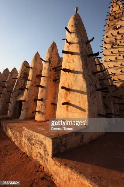 grand mosque, burkina faso - dietmar temps 個照片及圖片檔