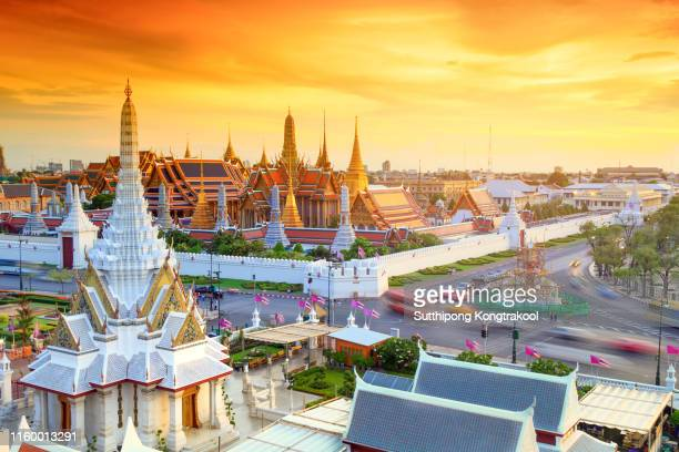 grand palace and wat phra keaw at sunset bangkok, thailand. beautiful landmark of asia. temple of the emerald buddha - grand palace bangkok stock pictures, royalty-free photos & images