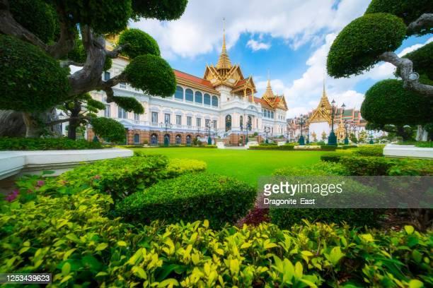 grand palace or wat phra kaew is landmark in bangkok, thailand. the emerald buddha temple. - grand palace - bangkok stock pictures, royalty-free photos & images