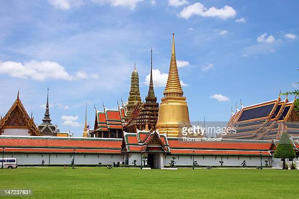 grand palace - grand palace - bangkok stock pictures, royalty-free photos & images