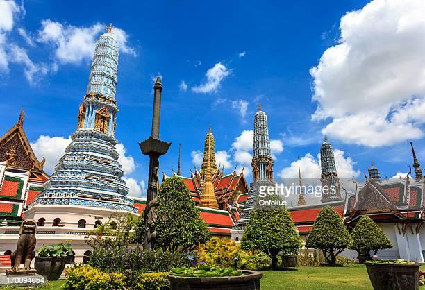 グランドパレスの寺院(バンコク、タイ)