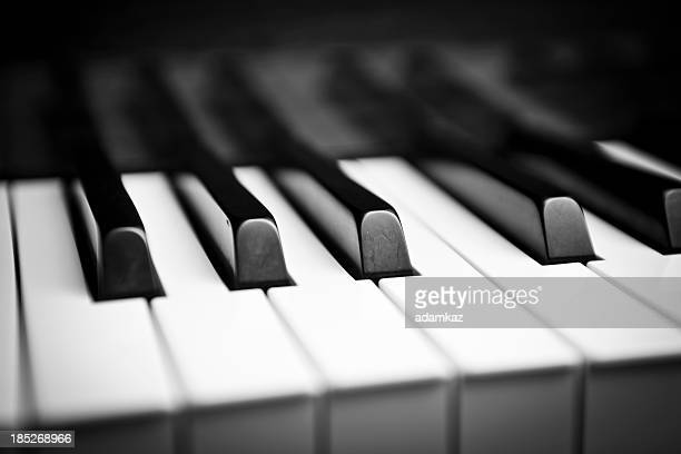 grand piano - grand piano stock photos and pictures