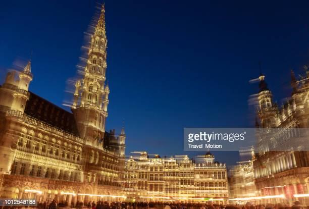 Grand Place en Town Hall's nachts, Brussel, België
