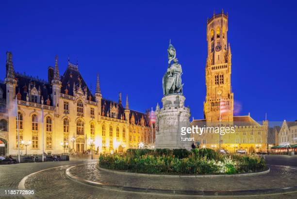 grote markt square, bruges, belgium - bruges stock pictures, royalty-free photos & images