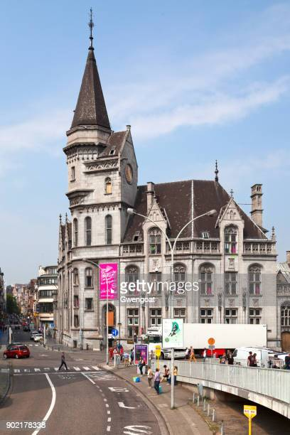 grand poste of liege - gwengoat stock pictures, royalty-free photos & images