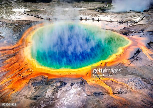 grand prismatic spring, midway geyser, yellowstone - hot spring stock pictures, royalty-free photos & images