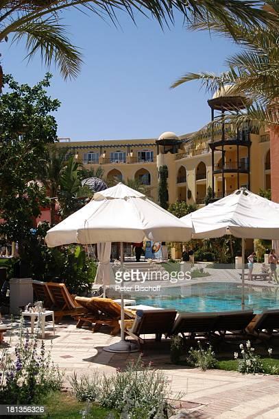 Grand Resort Hurghada Ägypten Afrika Pool Swimmingpool Palmen Liegen Liegestühle Luxus Luxushotel ProdNr 523/2006 Reise