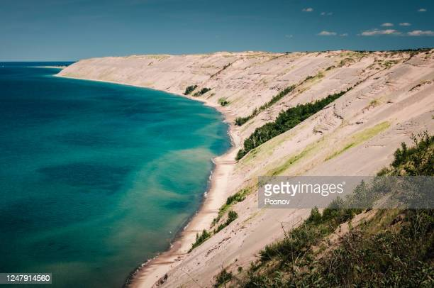 grand sable dunes - pictured rocks national lakeshore stock pictures, royalty-free photos & images