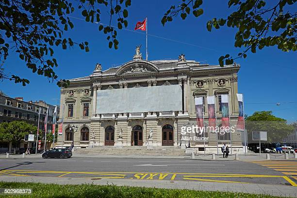 grand theatre de geneve opera house - grand theatre de geneve stock pictures, royalty-free photos & images