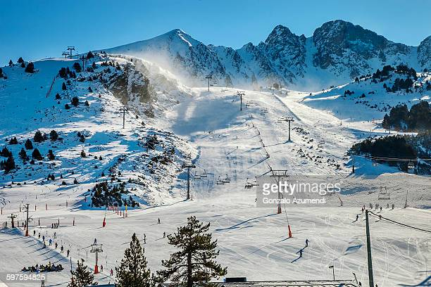 grand valira ski resort in andorra - andorra stock pictures, royalty-free photos & images