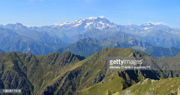 grand view on monte rosa and the valsesia mountains - monte rosa foto e immagini stock